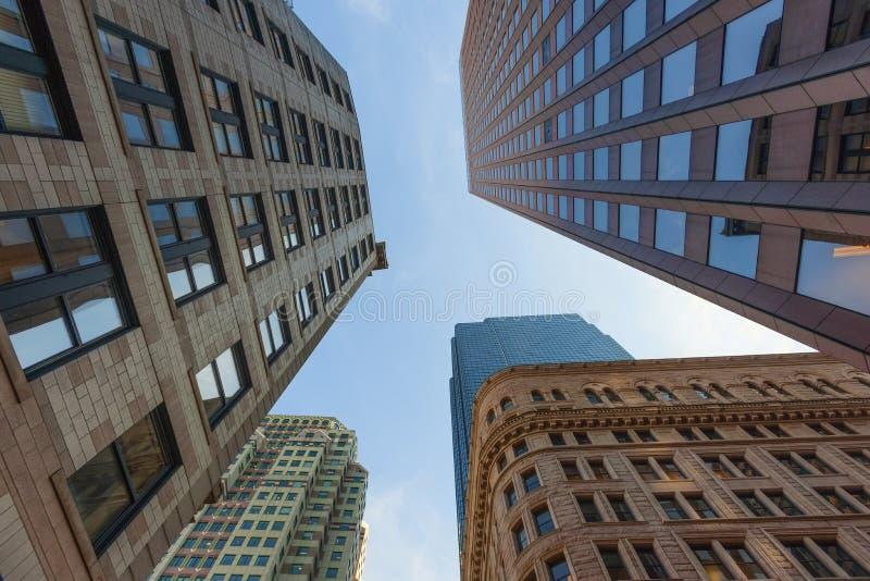 Cercando i grattacieli di Boston fotografie stock libere da diritti
