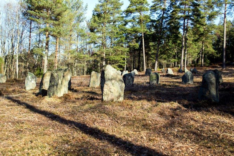 Cerchio delle pietre di Hunn alla fine in su immagini stock
