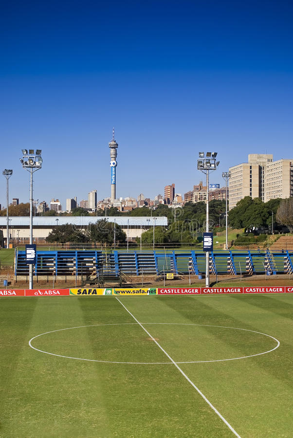 Cercle de centre de lancement du football photo stock