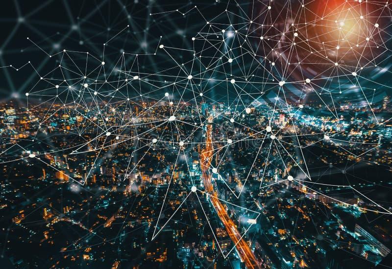 Cercle de technologie de Digital avec la vue aérienne de Tokyo, Japon images stock