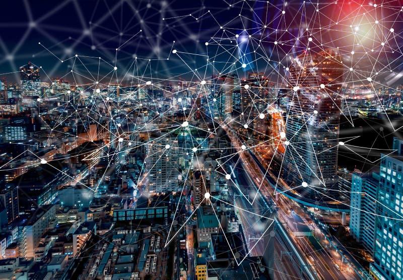 Cercle de technologie de Digital avec la vue aérienne de Tokyo, Japon photo libre de droits