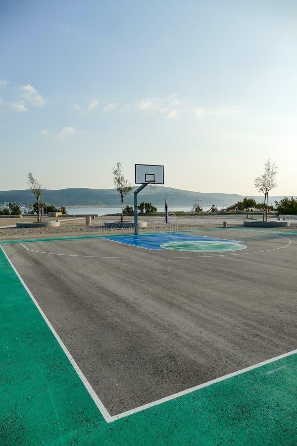 Cercle et réseau de Basketbal photos stock