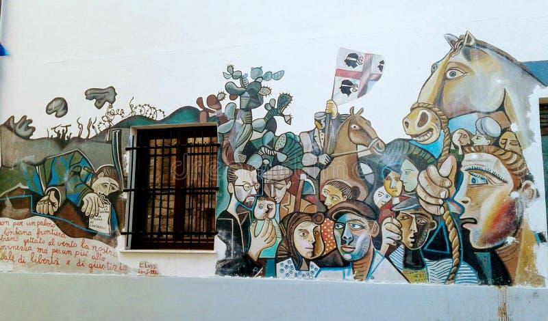 Cerdeña, Orgosolo, pintura de pared imagenes de archivo
