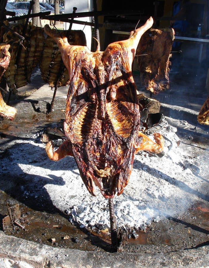 Cerdo al asador en San Antonio De Areco, Argentyna zdjęcia royalty free