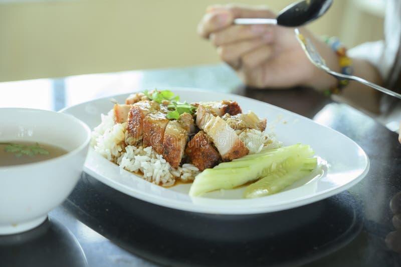Cerdo crujiente de arroz imagenes de archivo