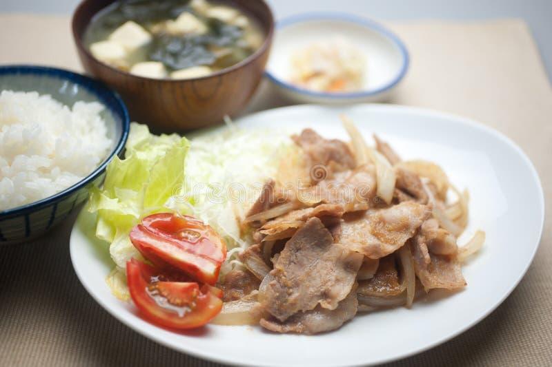 Cerdo japonés Shogayaki de la cocina imágenes de archivo libres de regalías