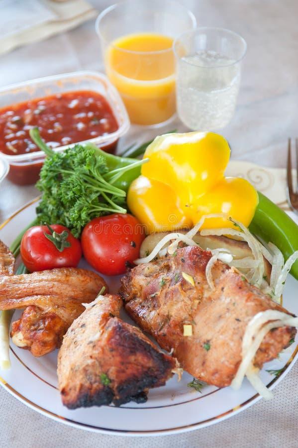 Download Cerdo Kebab imagen de archivo. Imagen de perejil, picnic - 41903007