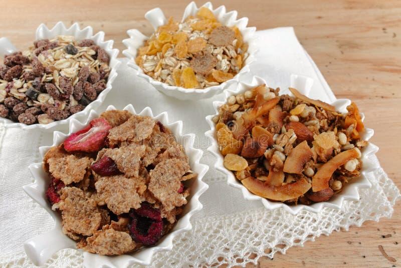 Cereal delicioso del muesli del granola de la mezcla, concepto sano de la consumición fotografía de archivo