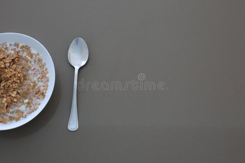 Cereale con latte fotografia stock
