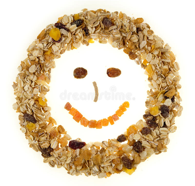 Cereale da prima colazione del fronte felice isolato su un fondo bianco immagini stock