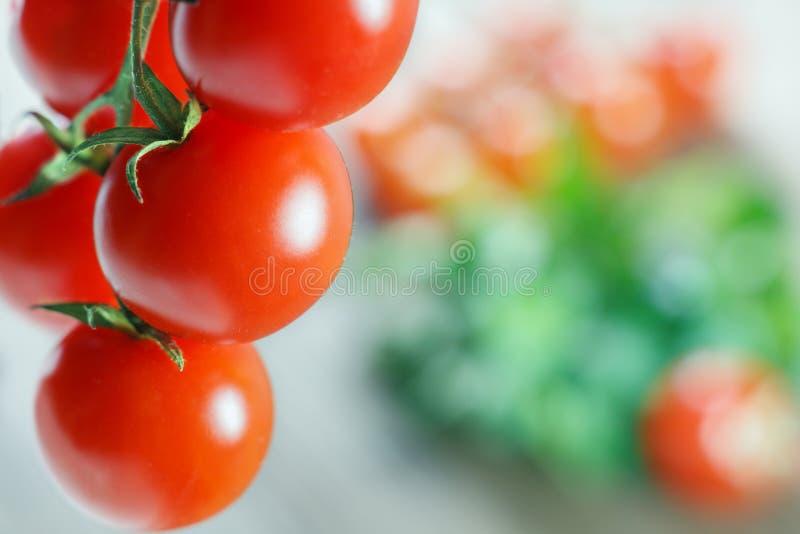Download Tomates frescos foto de stock. Imagem de frutas, frescor - 29835278