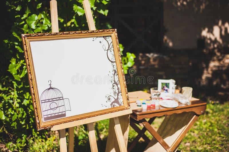 Ceremonia de boda al aire libre Decoración de la ceremonia de boda, decoración que se casa hermosa imágenes de archivo libres de regalías