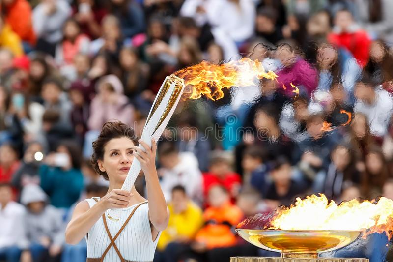 Ceremonia de la llama olímpica para las olimpiadas de invierno fotos de archivo libres de regalías