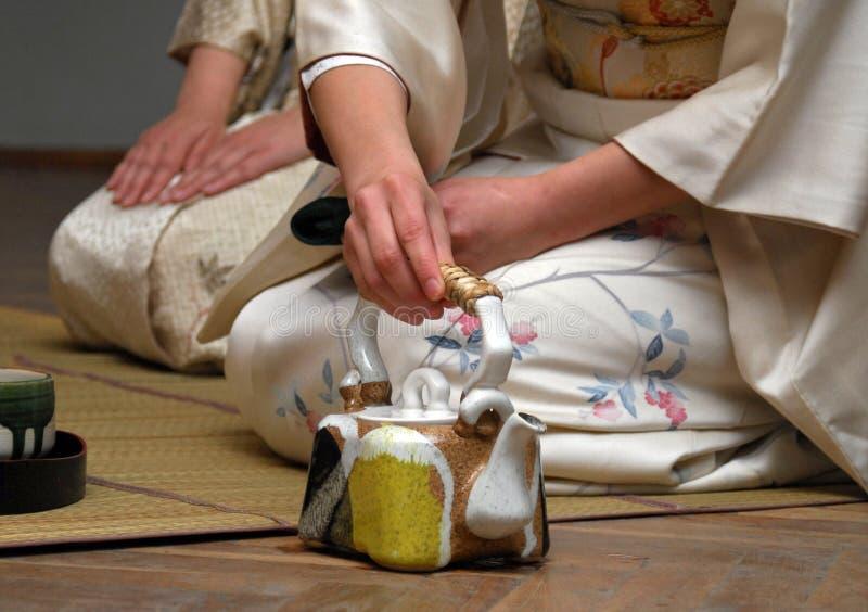 Download Ceremonia de té imagen de archivo. Imagen de mano, caliente - 7287593