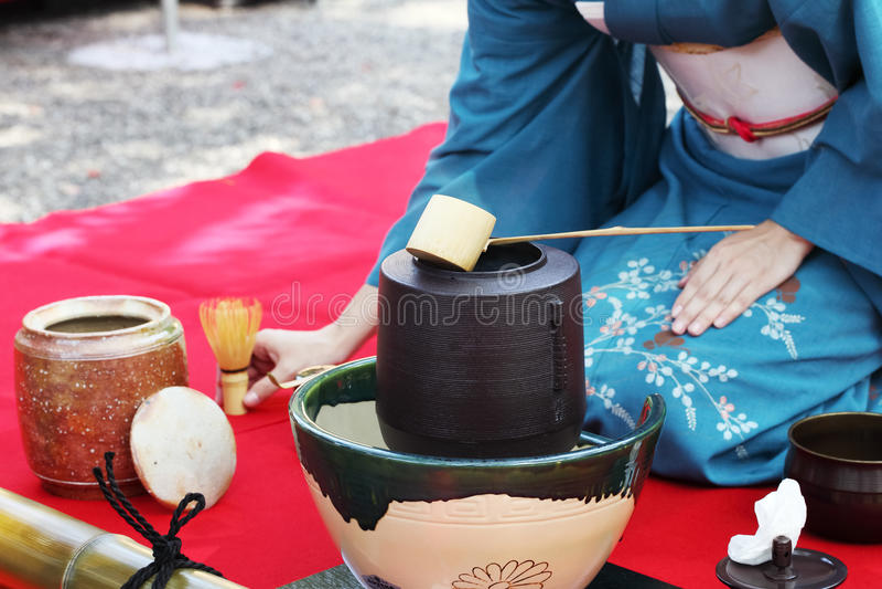 Ceremonia de té japonesa imagenes de archivo
