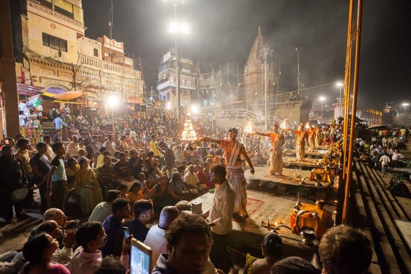 Ceremonia del Ganges Aarti, Varanasi imagen de archivo libre de regalías