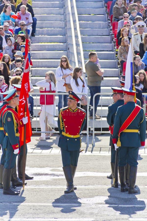 Ceremonia rusa de abrir desfile militar en Victory Da anual imagenes de archivo