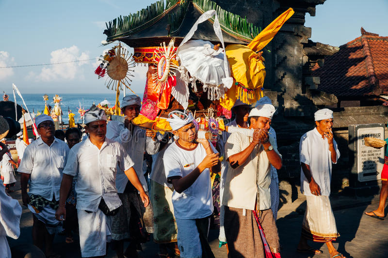 Download Ceremonial Procession, Bali, Indonesia Editorial Image - Image of litter, nyepi: 96915450