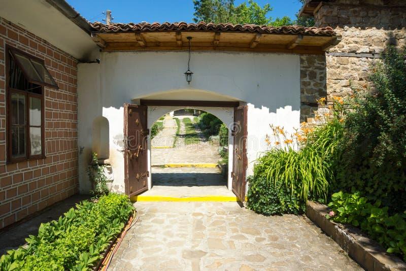 Ceremonialna brama w monasterze święty Nicholas zdjęcie stock
