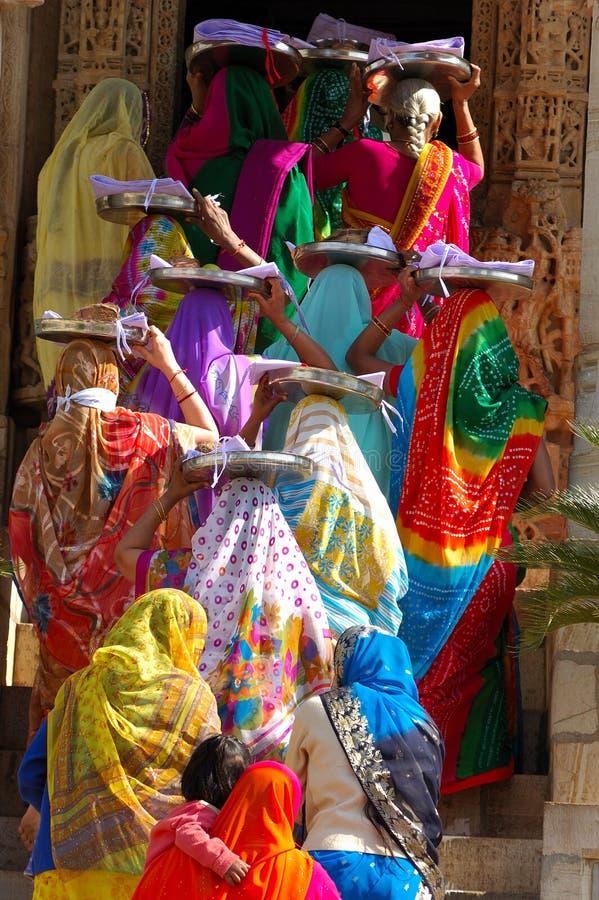ceremonii ranakpur jain świątynia obraz royalty free