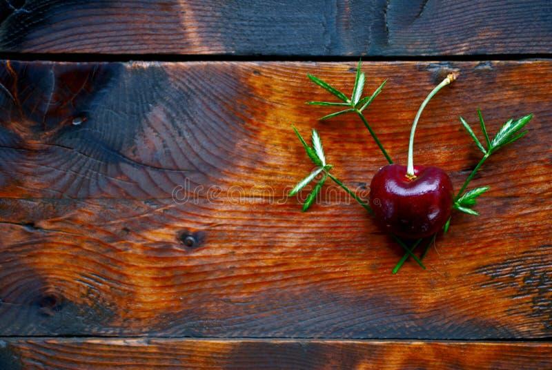 Cereza roja imagenes de archivo
