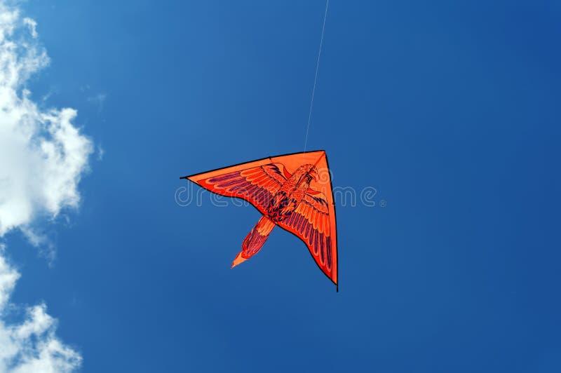 Cerf-volant dans le ciel image stock