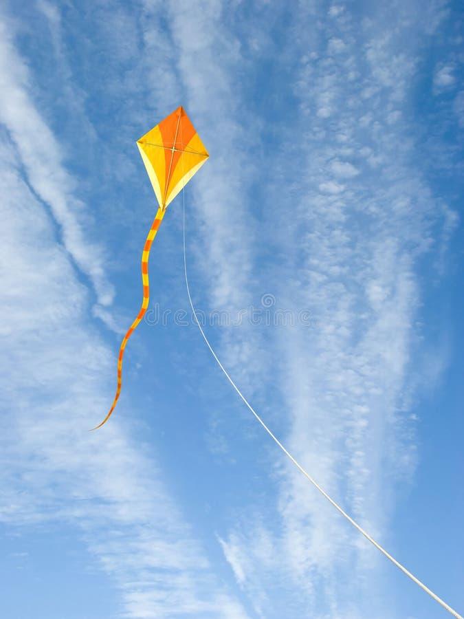 Cerf-volant dans le ciel image libre de droits