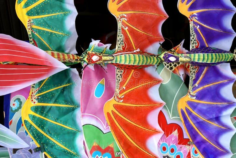 Cerfs-volants artistiques (waite à vendre) photos stock