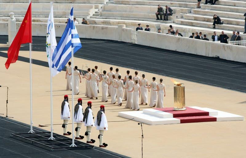 Cerimónia olímpica da passagem da tocha imagem de stock royalty free