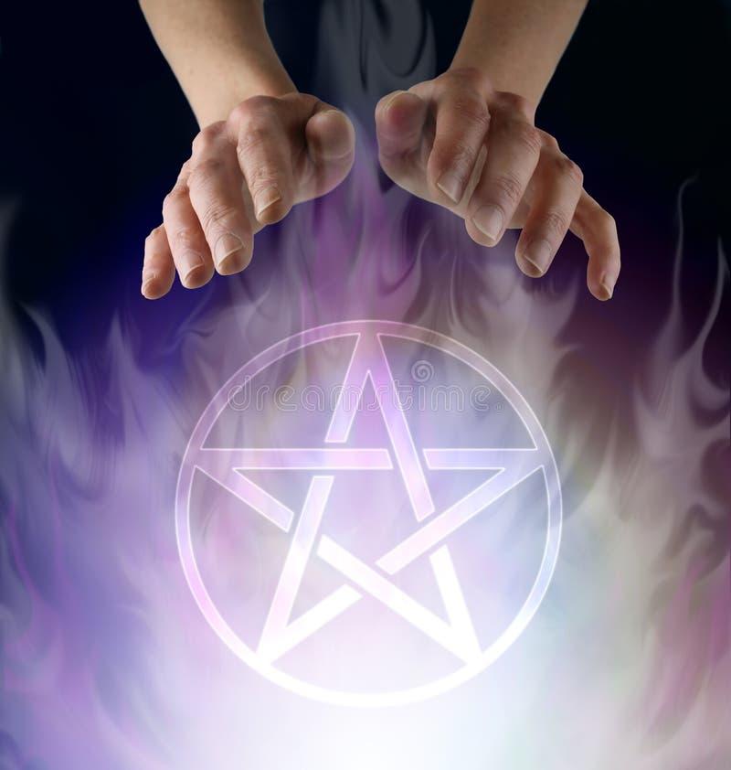 Cerimônia do Pentacle de Wiccan foto de stock