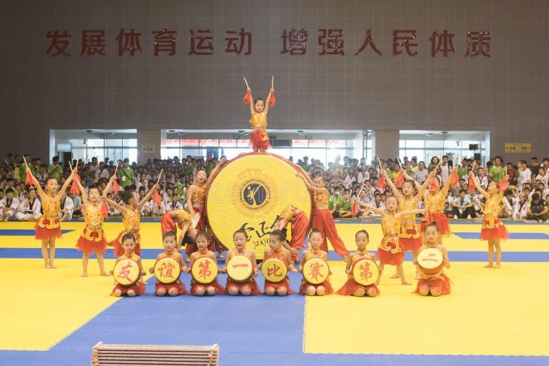 Cerimônia da Desempenho-abertura--A competição amigável de Taekwondo do oitavo copo de GoldenTeam imagens de stock royalty free