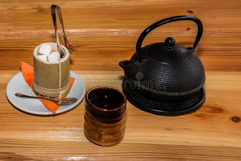 A cerimônia de chá japonesa fotos de stock