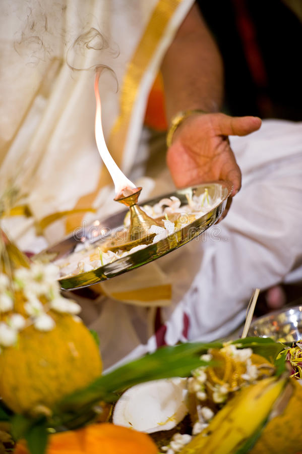 Cerimonia di cerimonia nuziale indiana indù fotografie stock libere da diritti