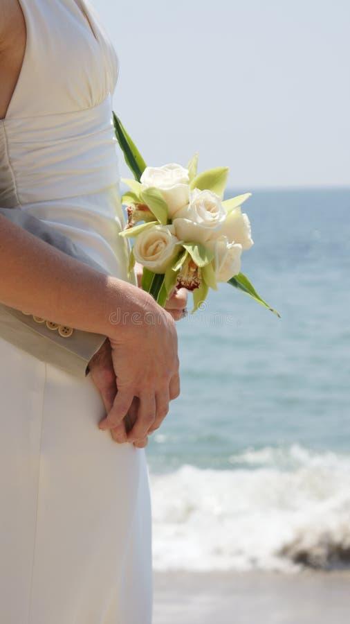 Cerimonia nuziale di spiaggia immagine stock
