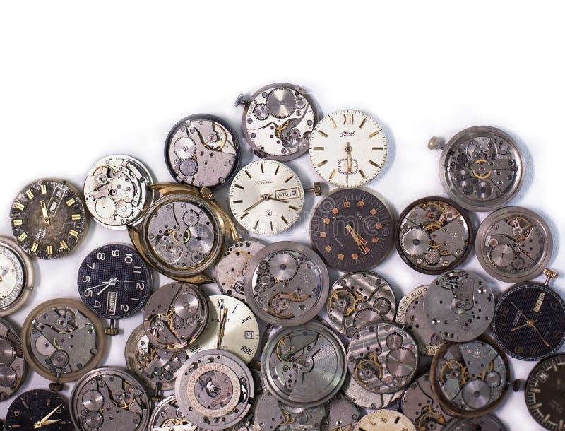 Cerkassy, Ucraina - 27 marzo 2018 I dettagli antichi degli orologi da tasca sono fatti in Unione Sovietica su un fondo bianco fotografia stock libera da diritti