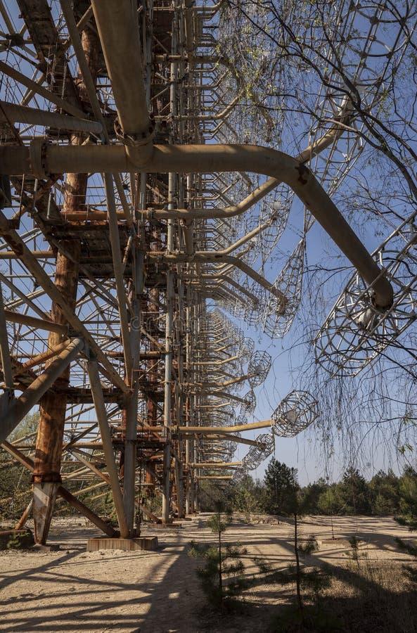 Cernobyl: Vecchio sistema sovietico del radar di Duga fotografie stock