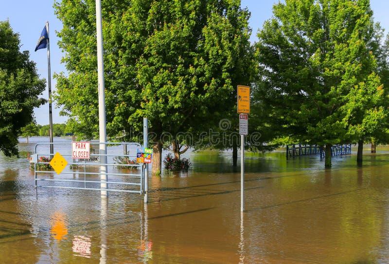 Cerrado del parque debido a inundar foto de archivo