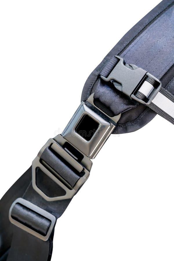 Cerrado encima de la cerradura del clip metálico con la ayuda de nylon de la correa y del hombro imágenes de archivo libres de regalías