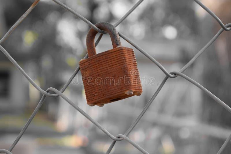 cerradura oxidada oxidada imágenes de archivo libres de regalías
