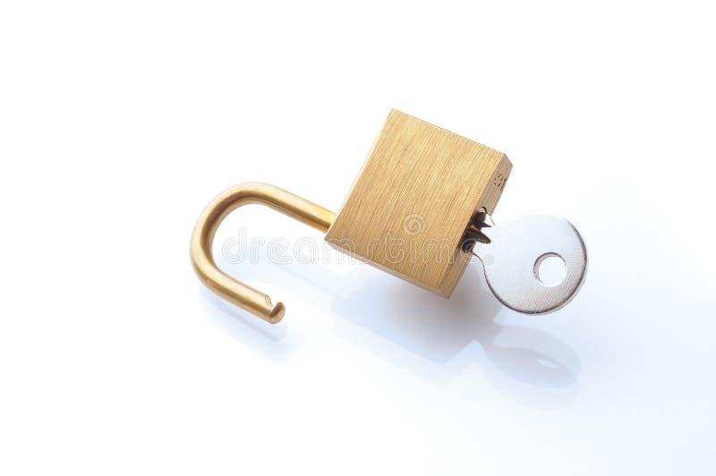 Cerradura y llave imagen de archivo