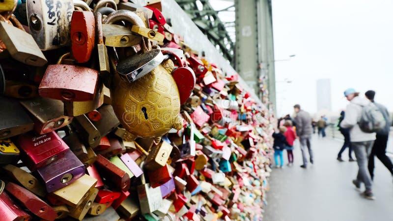 Cerraduras del amor, Colonia Alemania imágenes de archivo libres de regalías