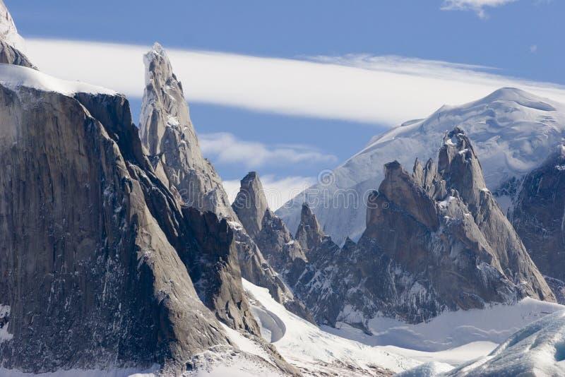cerro osiąga szczyt s torre obrazy stock