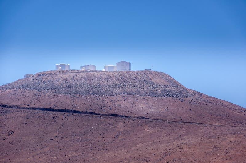 CERRO PARANAL, ATACAMA pustynia CHILE, JAN, - 15, 2010: VLT, Bardzo Wielki teleskopu kompleks przy europejczykiem Południowym obraz royalty free