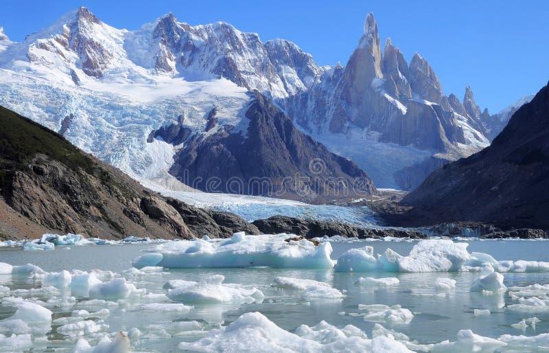 Cerro Torre βουνό. στοκ εικόνα με δικαίωμα ελεύθερης χρήσης