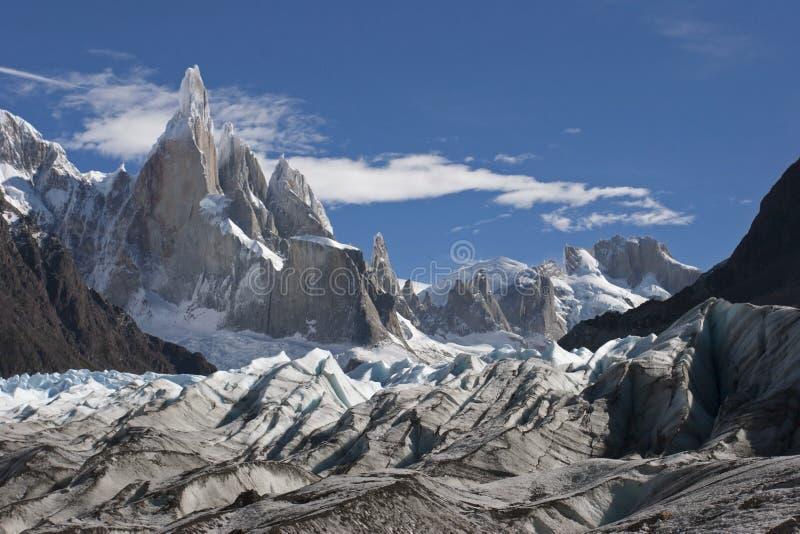 Cerro Torre στον παγετώνα, Παταγωνία, Αργεντινή στοκ εικόνες