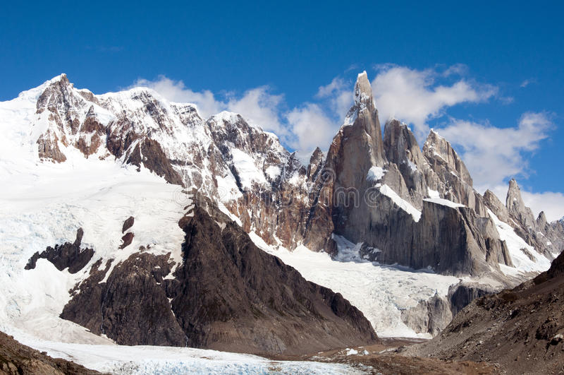 Cerro Torre imagenes de archivo