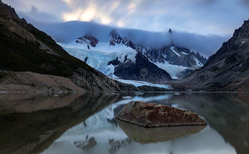 Cerro Torre, Patagonia, la Argentina foto de archivo