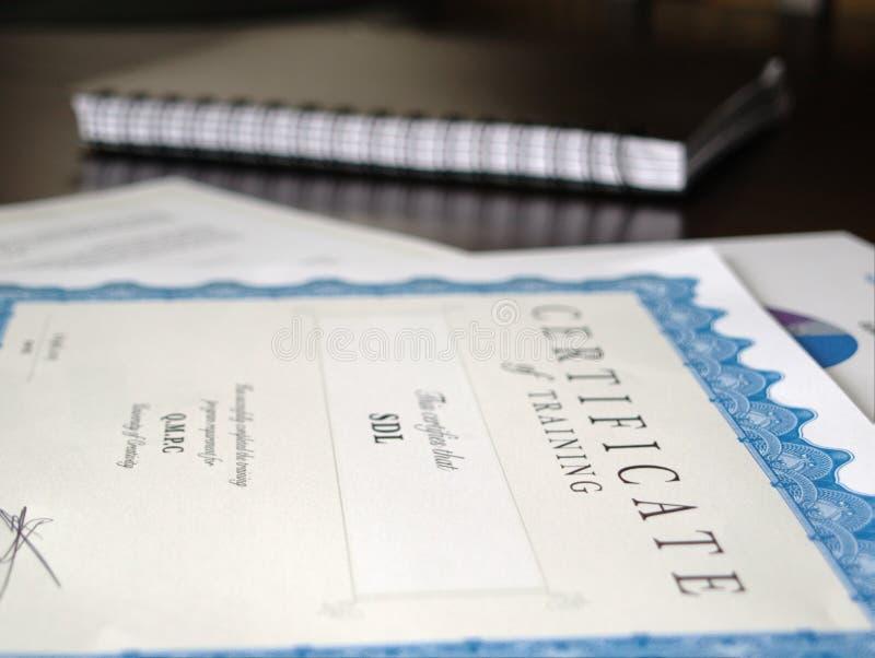 Certificat et d'autres documents photos libres de droits