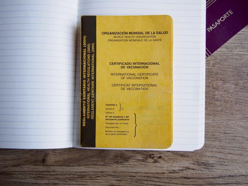 Certificat international de la vaccination et du passeport photo libre de droits