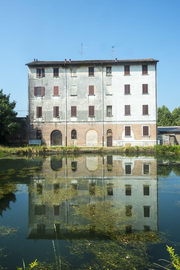 Certosa di Pavia, gammalt hus royaltyfri bild